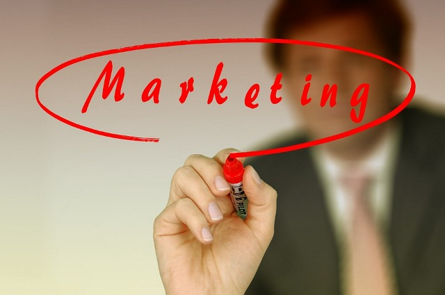 Web-Marketing, I-Marketing, Online-Marketing, E-Marketing … Internet Marketing