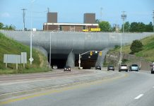 Travelling by car in Ontario: The Thorold Tunnel