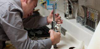 Emergency plumbing services in Toronto