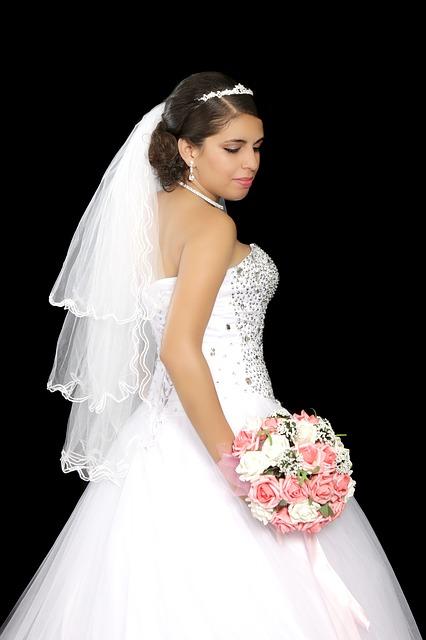 wedding dress Toronto, Hamilton, Barrie