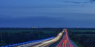 Canada's First HOV Toll Lanes to Open September 2016