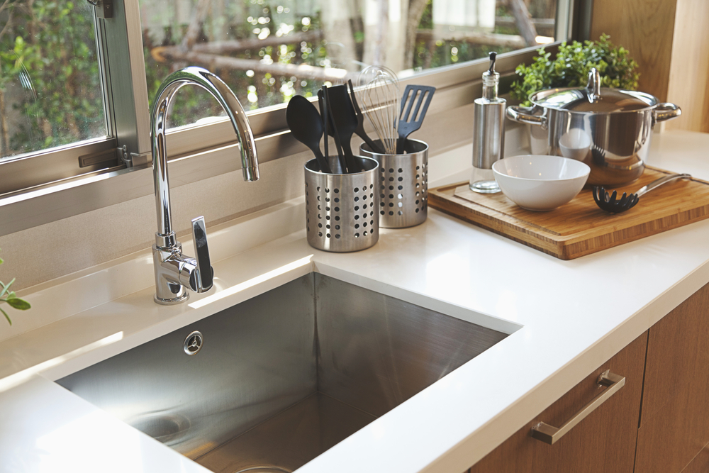 A Comprehensive Guide to Picking the Right Kitchen Faucet AllOntario