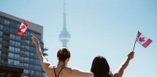 Settling in Toronto, Canada: A Comprehensive Survival Guide for International Students