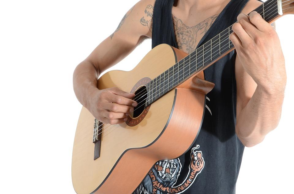 https://www.theguitarjunky.com/kids-acoustic-guitar/