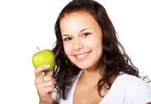 6 Effective Home Remedies Helped Me in Teeth Whitening