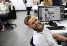 8 Tips to Stay Healthy and Happy at Work
