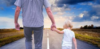 How to Help Your Kid to Accept the Divorce?