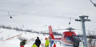 Why Is Canadian Heli-skiing One of the Coolest Sports Around?