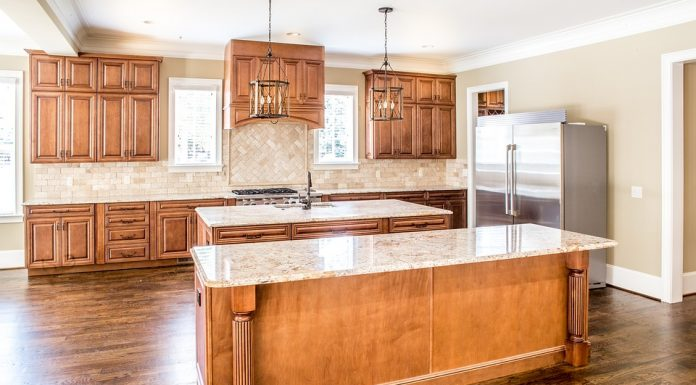 How to Choose the Best Countertop: Quartz vs. Granite vs. Marble