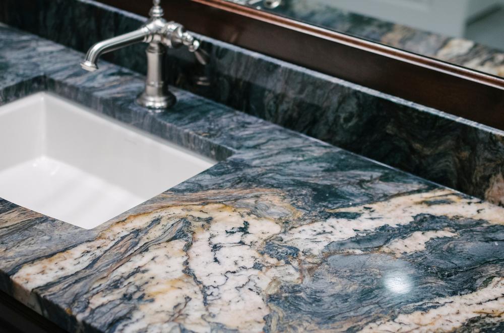 How to Choose the Best Countertop: Quartz vs. Granite vs. Marble