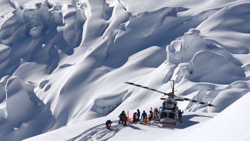 Heli-skiing – the coolest snow adventure in Canada AllOntario