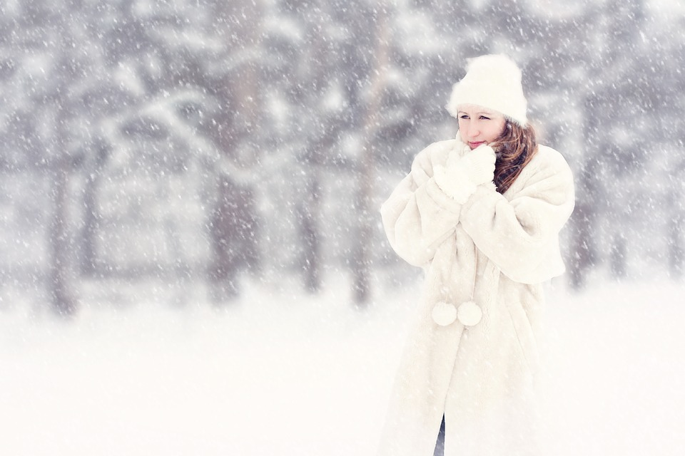 Winter Wedding Photography Tips: What You Need To Know