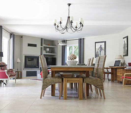 Rejuvenating an Old Home with an Open Plan Floor