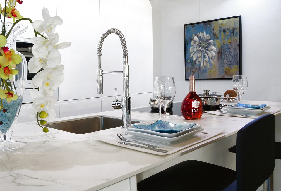 Cleaning tips to ensure safe and thorough sink cleaning