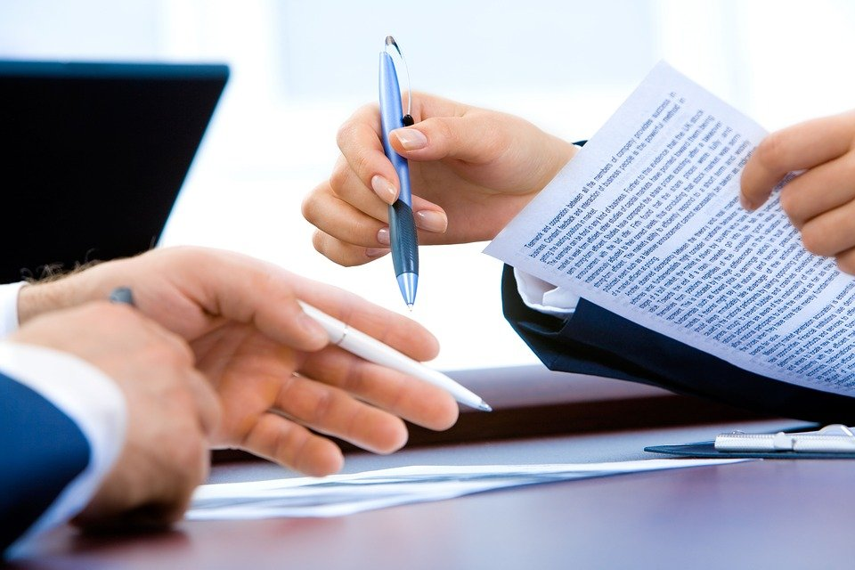 7 Things to know before signing a product-service contract