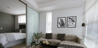Dividing your room with sliding partitions